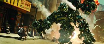 An scene of the film, Transformers, written by Mexican screenwriter, will be released in theater nationwide on July 3.