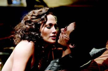 Jennifer Lopez and Marc Anthony in EL CANTANTE, directed by Leon Ichaso.