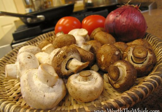 Mushrooms, onion contain nutrients that strengthen the immune system