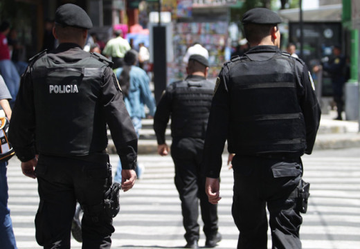 Around 10,000 Mexican  policemen to look for 'Chapo' Guzmán