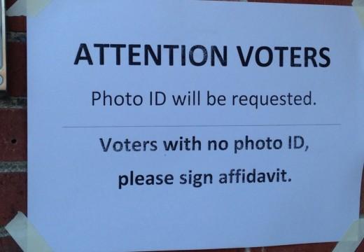 En medio de las batallas del ID de Votante, hay 7 cosas que el gobierno require identificación