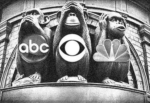 Los medios de prensa del  'establishment' dicen que todo fuera de ellos es falso