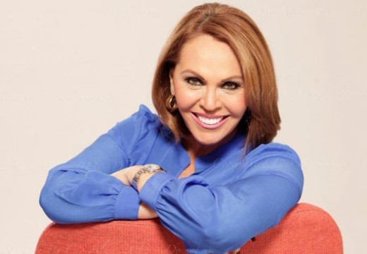 María Elena Salinas to be inducted into Nab Broadcasting Hall of Fame