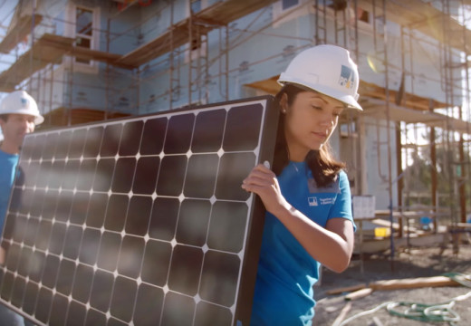 PG&E opens $10.3 million in funding for multifamily rooftop solar program
