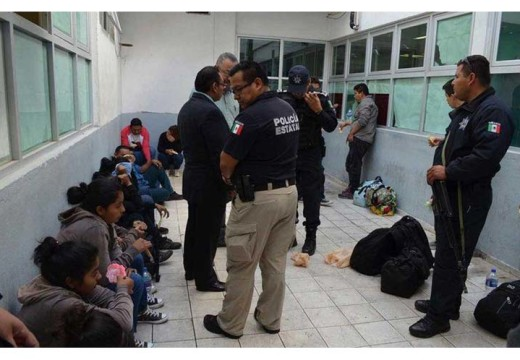 Almost 1,000 immigrants intercepted in México