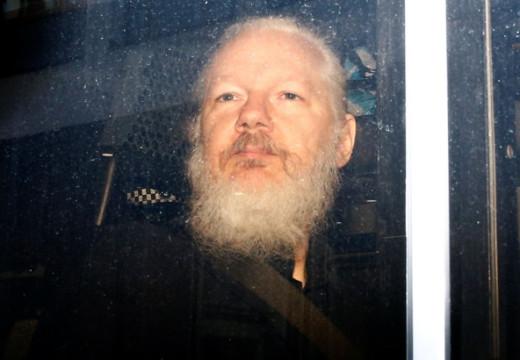 Assange  condenado por violación de fianza