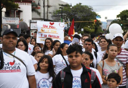 Massive march pro-life in Costa Rica asks that abortion not be legalized