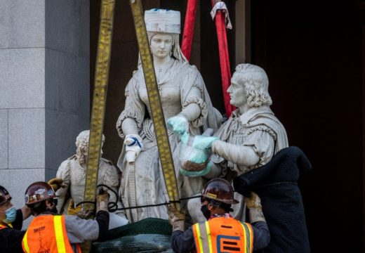Statue of Isabel la Católica and Christopher Columbus removed from California Capitol