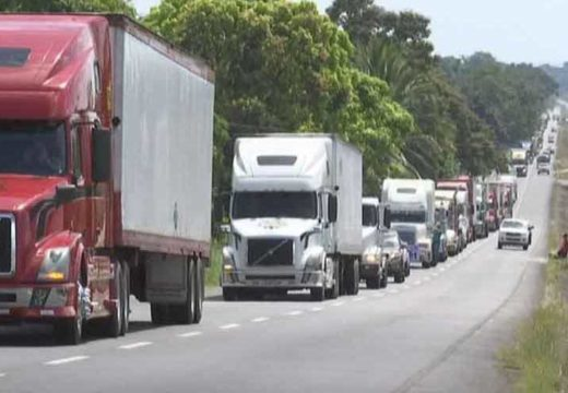 Costa Rica's border shutdown brings about large losses to Panama