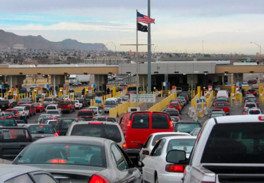 Chihuahua urges closing border to nonessential traffic to curb Covid cases