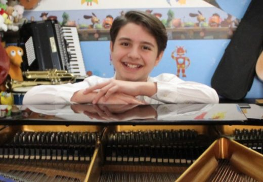 Pianist, 12, wins international competition; will play at Carnegie Hall