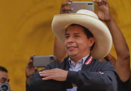 Denles a los peruanos su día en los tribunales