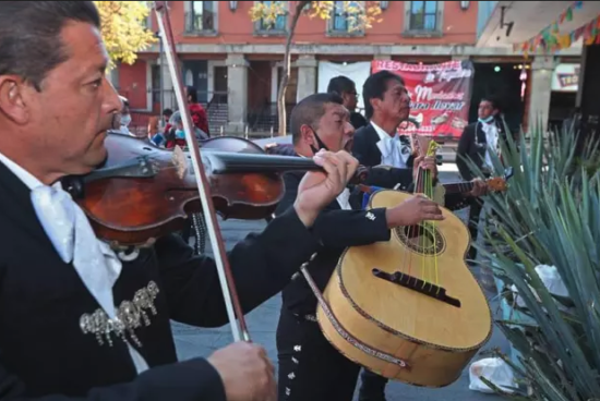 Recovery from the pandemic is a slow process for Mexico's mariachis